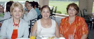 24052006  Irma de Caldera, Rosy de Armendáriz y Lourdes de Robles.