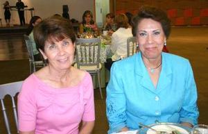 24052006  Maga de Obeso y Ángeles de Valdés.