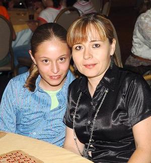26052006  Ale Jaramillo y Coco Muñoz.