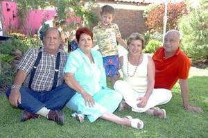 28052006  Ciro junto a Ernesto Domínguez y Kity Nava de Domínguez, Ciro Zarzosa Santelices y Chela de la Torre