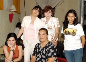 28052006  Idoia Leal, Cristina y Carola Sánchez, More Barret y Adriana Reyes.