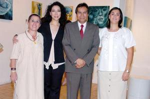 28052006  Ionne Villarreal, Ivonne Galván, Gerardo Cuéllar y Cecilia Franco.