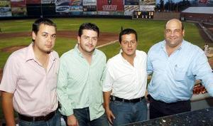 28052006  Nacho Pámanes, Alejandro Veyán, Toño Juan Marcos y Samir Chaman.