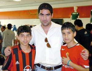 28052006  Ricardo Sánchez, Ricardo y Daniel Chávez.