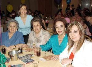28052006  Rosaura de Gonzàlez, Lucila Lòpez, Angelines Gonzàlez, Chelito Lòpez Mercado y Marcela del Bosque.