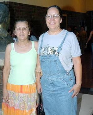 28052006  Rosy y Soledad Gordillo.