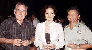 30052006  Fernando Zertuche, Marlene Reynoard y Guillermo Villatoro.