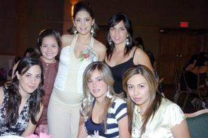 30052006  Luzma con sus amigas Andrea, Rina, Daniela, Ale y Magda.
