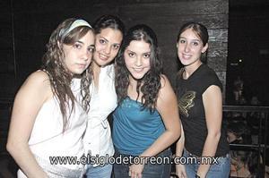 Stephy Cohen, Marytere Ramírez, Osly Morado y Lily Ríos.