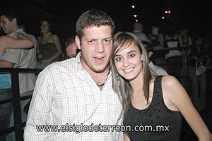 José Gánem y Mariana González.