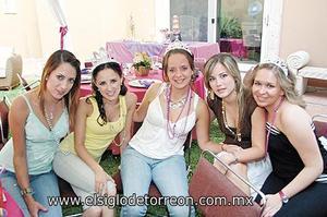 Dany Ramos, Paulina Garza, Marisu Del Bosque, Alejandra Villarreal y Angela Navarro.