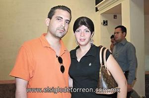 Gilberto Rueda y Roxana Montañés.