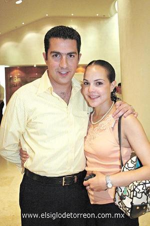 Alejandro Ramos y Priscila Hernández.