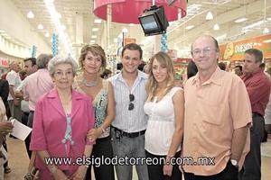 Ana Maria Montaña, Gabriela Segura, Miguel Cepeda, Gaby Villarreal Segura y José Antonio Villarreal Maíz.