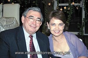 Alfonso Arizpe y Paty G. de Arizpe
