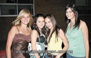 Camily Price, Ana Vi, Leila del Río,  y Marijose Arias.