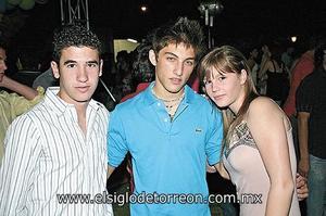 Ángel, José y Mariana.