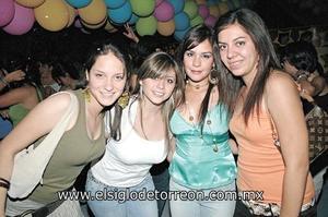 Hilda Rojas, Sandra Galindo, Caro Maisterrena y Adriana Torres.