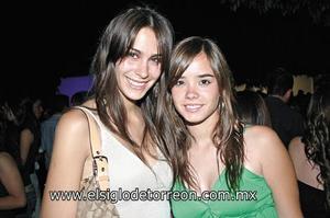 Ana Sofía Pérez y Daniela Sesma.