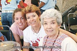 Cecey Villarreal, Anita Segura y Ana María Montaña.