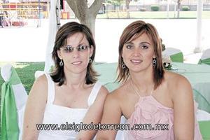 Marcela Siller de Cantú y Ana Claudia Cobián de Arias.
