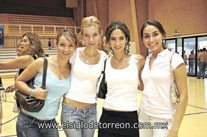 Paty Aguirre, Priscila de la Fuente, Denisse y Valeria Escamilla.