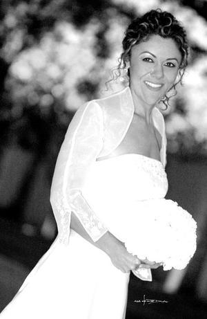 Srita. Patricia Borrego, el día de su enlace nupcial con el Sr. Daniel V. Malloy.<p> <i>Estudio: Maqueda</i>.