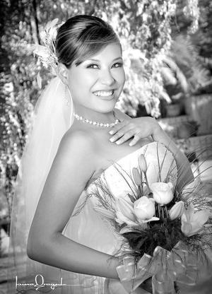 Srita. Denisse Guerrero Nafarrete unió su vida en matrimonio a la del Sr. Luis Gerardo Martínez Sánchez.  <p> <i>Estudio: Laura Grageda</i>.