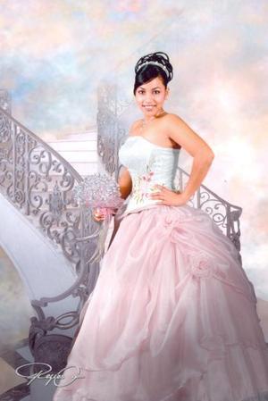 Srita, Lynda Cristina García, celebró en dìas pasados sus quince años de vida.