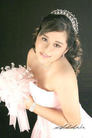 Srita. Diane Michelle Martínez Martínez celebró sus quince años de vida, con uma misa de acción de gracias el 29 de octubre de 2005.