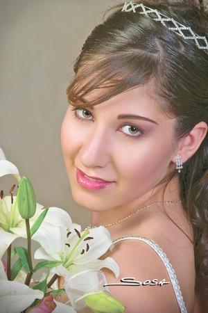 Srita.  Jéssica Azaria Yáñez Elizalde el día que celebró sus quince años de vida con una misa de acción de gracias.