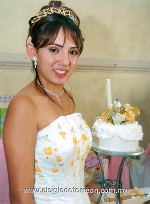 Miriam Liliana Chávez Ibarra celebró sus quince años de vida.