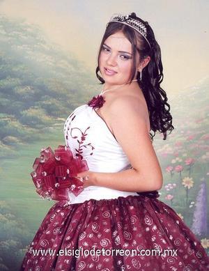 Srita. Marlene TreviñoVaquera celebró en días pasados sus quince años.