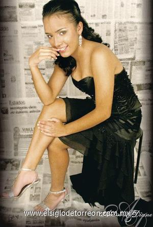 Srita. Salma Patricia Ortiz Huízar celebró sus quince años de vida.