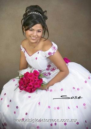Srita. Perla Lucero Rivas Martínez celebró sus quince años de vida con una misa de accción de gracias en la capilla de la Casa de la Madre Lola, el cuatro de agosto de 2006.