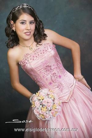 Srita.Mónica Yolanda Lozano Martínez, celebró sus quince años.