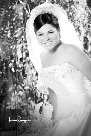 C.P. Azucena Ramírez Catarino, el día que contrajo matrimonio con el Ing. Daniel Jiménez Aguirre.  <p>  <i>Estudio: Laura Grageda</i>