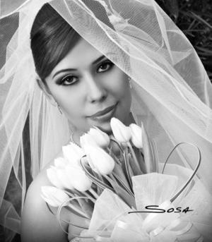 Ing. Lorenz Adriana Cortinas Bernal, el día de su boda con el Ing. José Antonio Corral Alonso.<p>  <i>Estudio: Sosa</i>