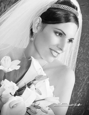 Srita. Karla Ivonn Villegas Flores, el día de su enlace nupcial con el Sr. Héctor Calderón Cortés.  <p> <i>Estudio: Sosa</i>