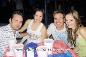 David González, Mayte Núñez, Sebastián González y Marifer Núñez.