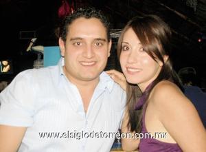 Jorge Reyes Casas y Patricia García Ochoa.