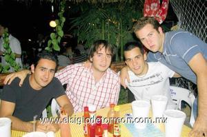 Alejandro Valles, Alejandro Teele, Moi Camacho y Carlos García.