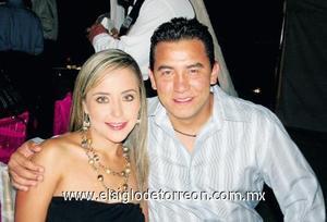 Fernanda Jaime de De la Garza y Carlos de la Garza.