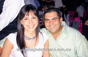 Amy y Juan Carlos Gómez.