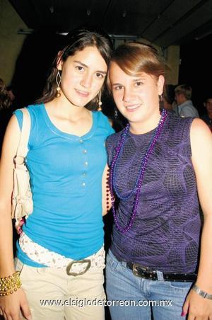 Gaby Acosta y Rosy Bello.