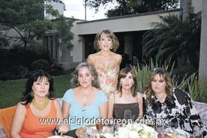 Edurne Olábarri de Villegas, Norma Farías de Boehringer, Ana Garza, Ileana Sierra de Reed y Bárbara López de Amarante.