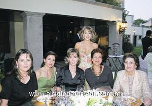 Edurne Olabarri de Villegas, Márgara de Campuzano, Mayosa de Barboglio, María Ángeles de Estrada, Chela de Villalobos y Marilú de Tohmé.