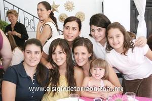 Marcela y Gabriela García, Tily Campa, Paulina y Alejandra Madero, Katia Malacara y María Elisa García.