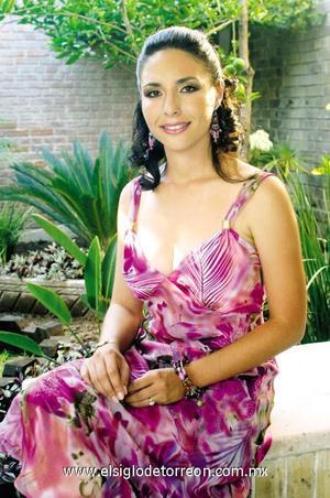 <I>PRÓXIMA A CASARSE</I><P> Nallely Cárdenas Morante