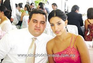 José Humberto García y Lizeth Giacomán de García.
